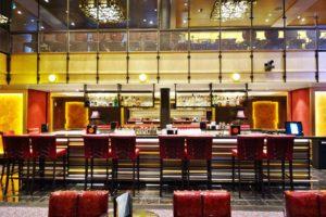 Bars on Quantum of the Seas