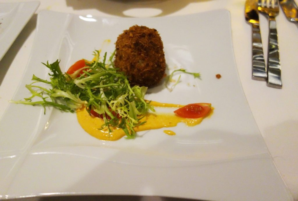 Dynamic Dining Review Chic