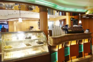Cafe 1 Enchantment of the Seas Review