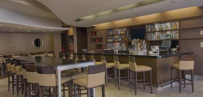 Bar Area Embassy Suites Elizabeth NJ Reviews