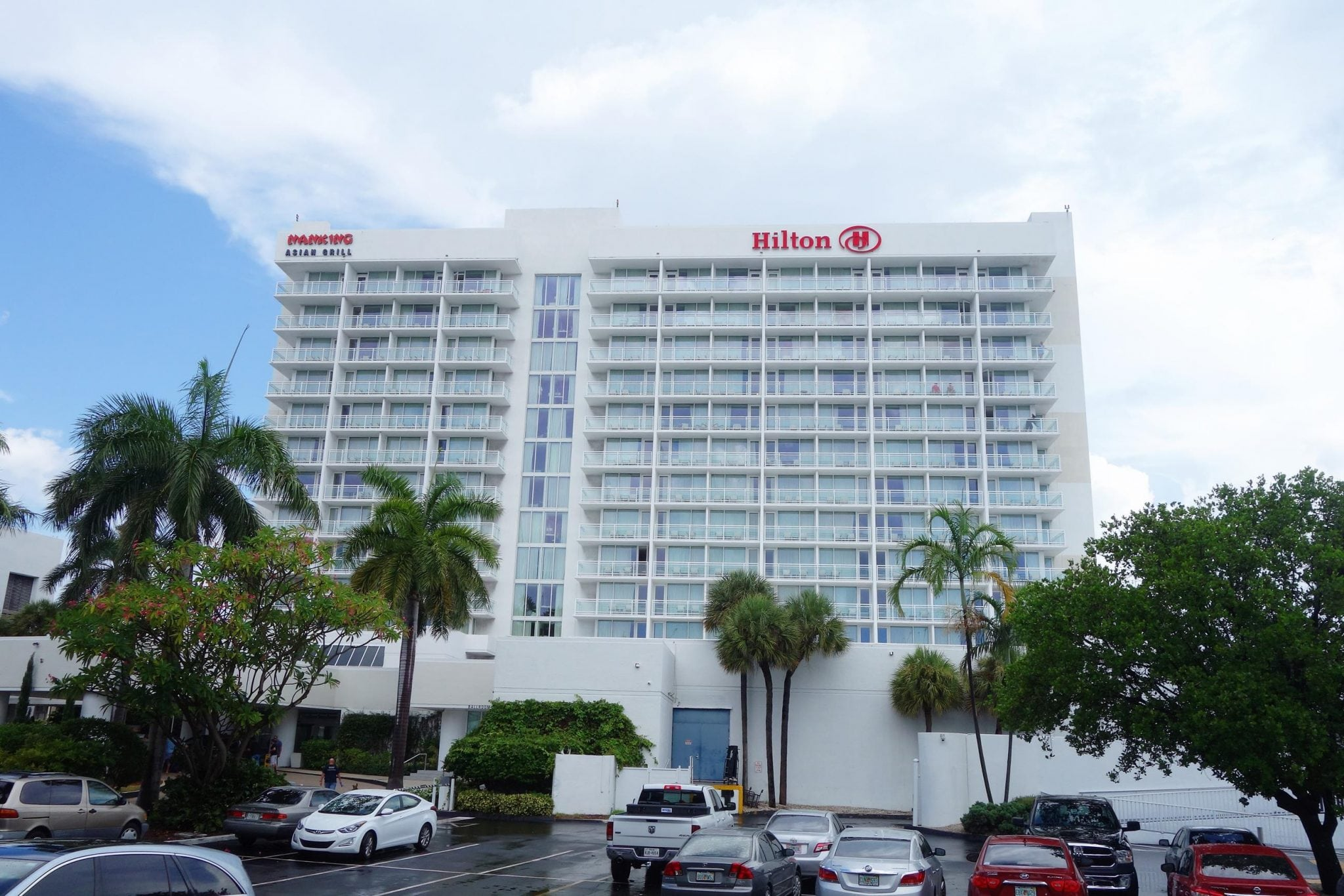 Best Hotels Near Fort Lauded