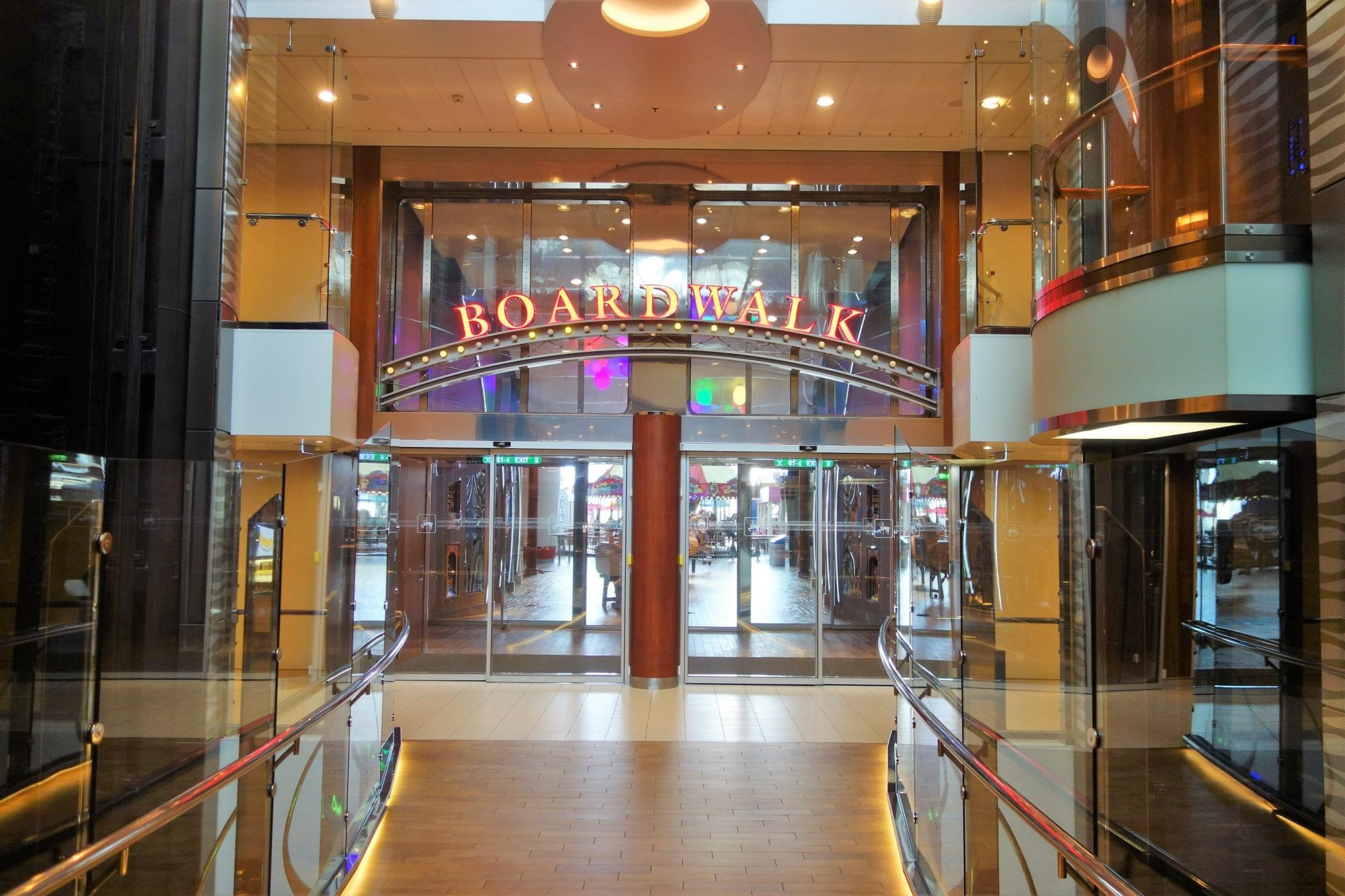 Oasis of the Seas Boardwalk Pictures You Need to Take