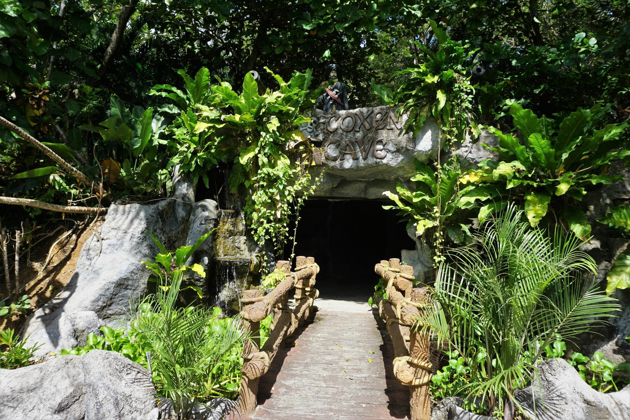6 Top Photos to Take at Gumbalimba Park Roatan Honduras