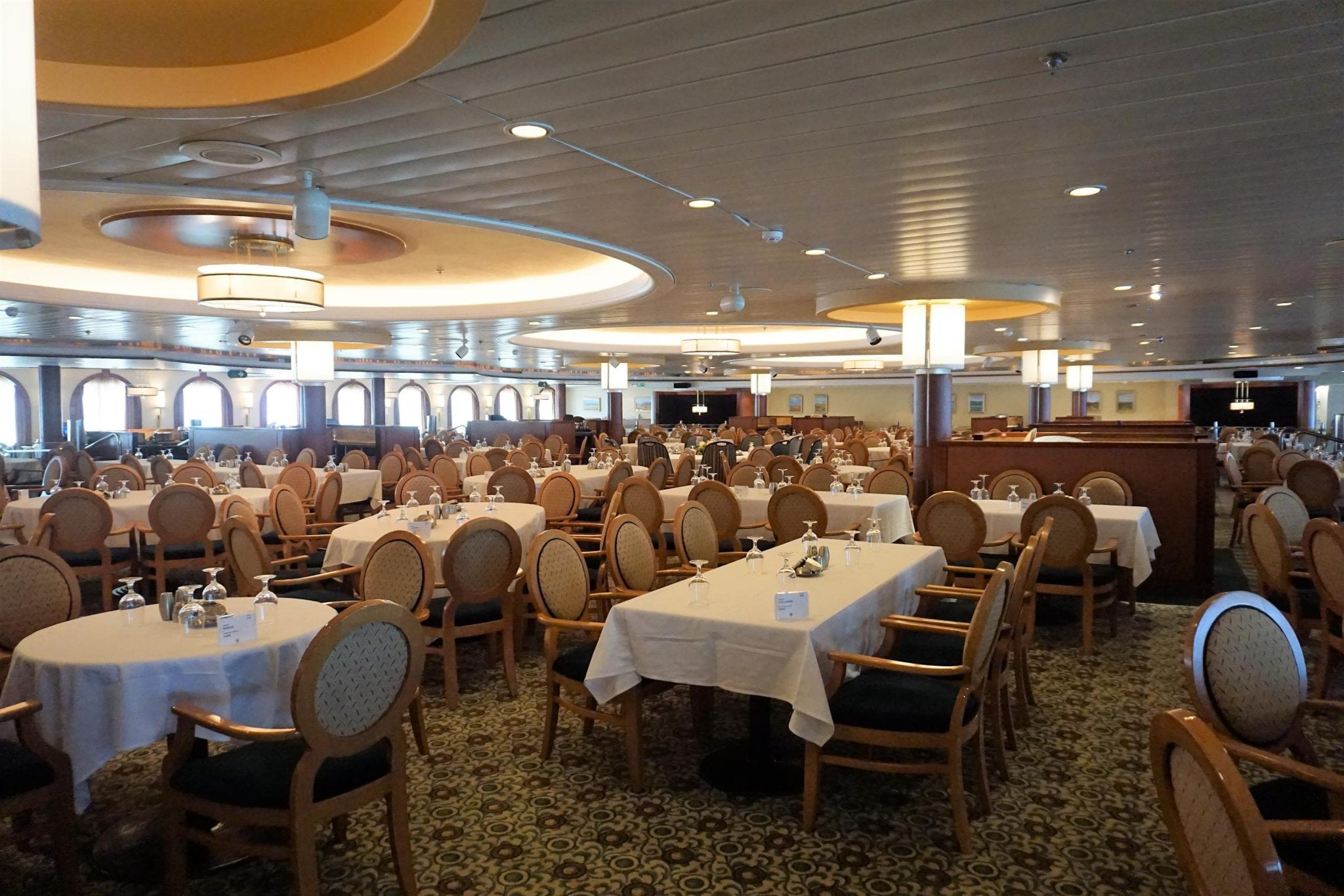 Main Dining Room on Majesty of the Seas