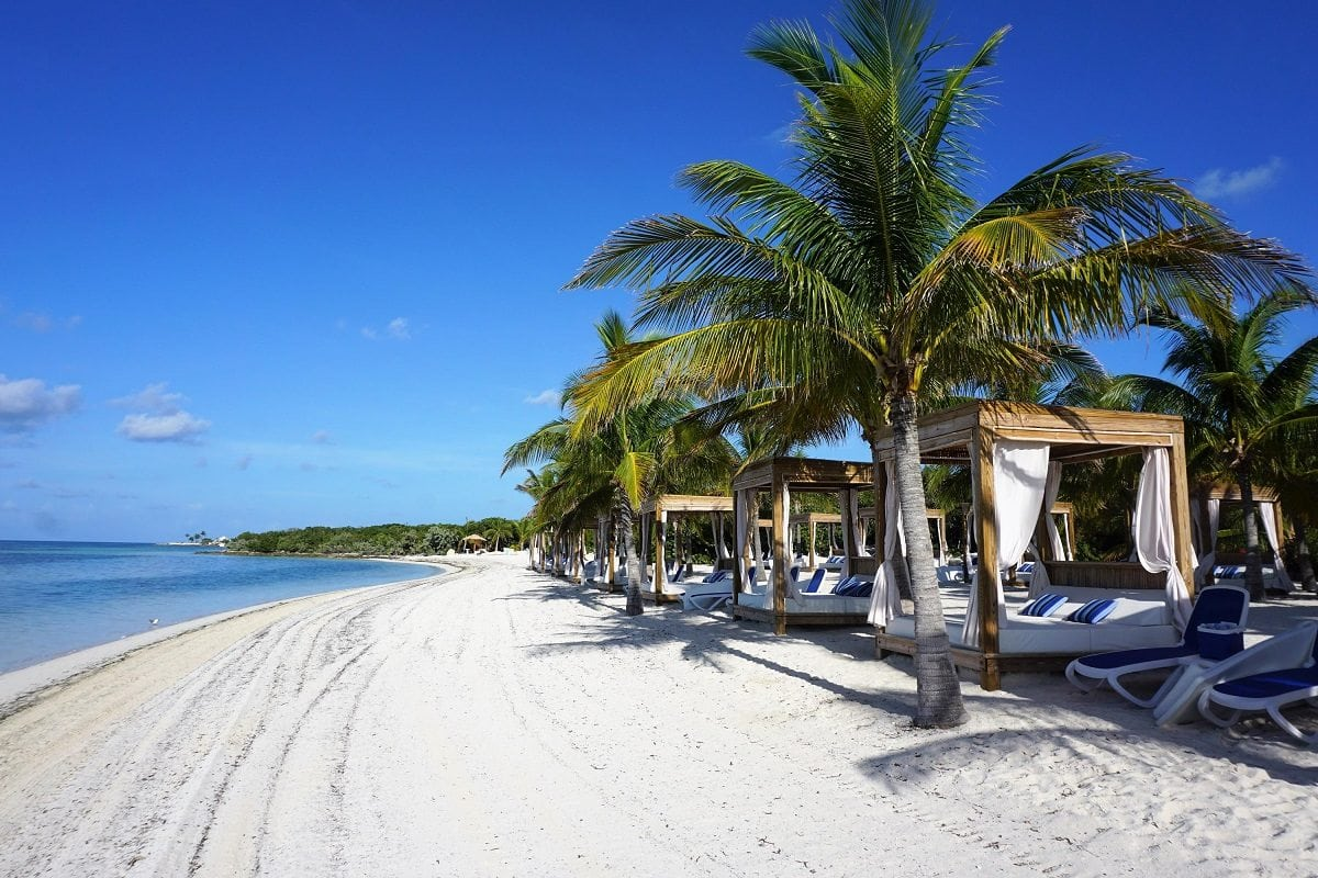 Cococay Bahamas Beach Bungalow Review Eatsleepcruise Com