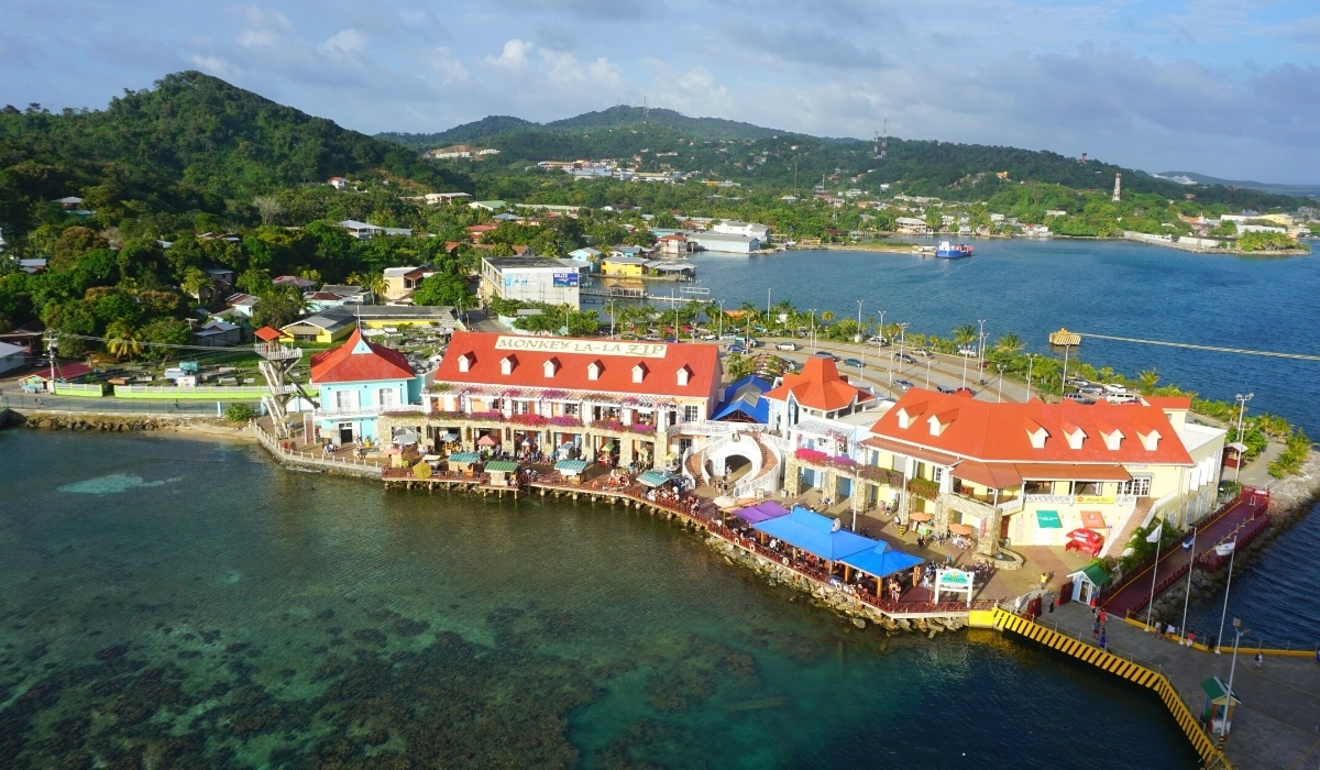 op Things to Do in Roatan on a Cruise