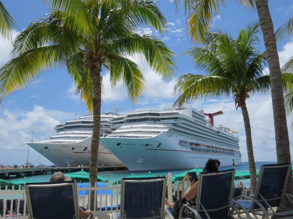 Top Reasons to Take a Short Bahamas Cruise