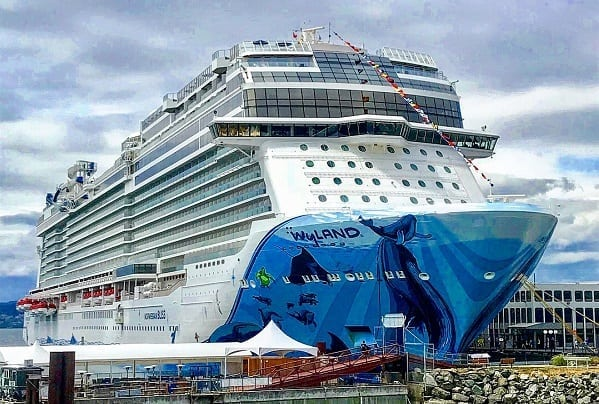Norwegian Bliss Live Blog Day 3