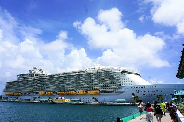 Harmony of the Seas in Nassaua Bahamas
