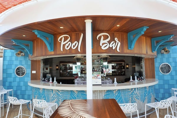 Pool Bar on Mariner of the Seas