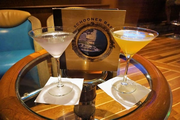 Drinks at Schooner Bar on Mariner of the Seas