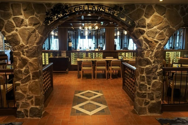 Cellars Wine Bar on Norwegian Bliss