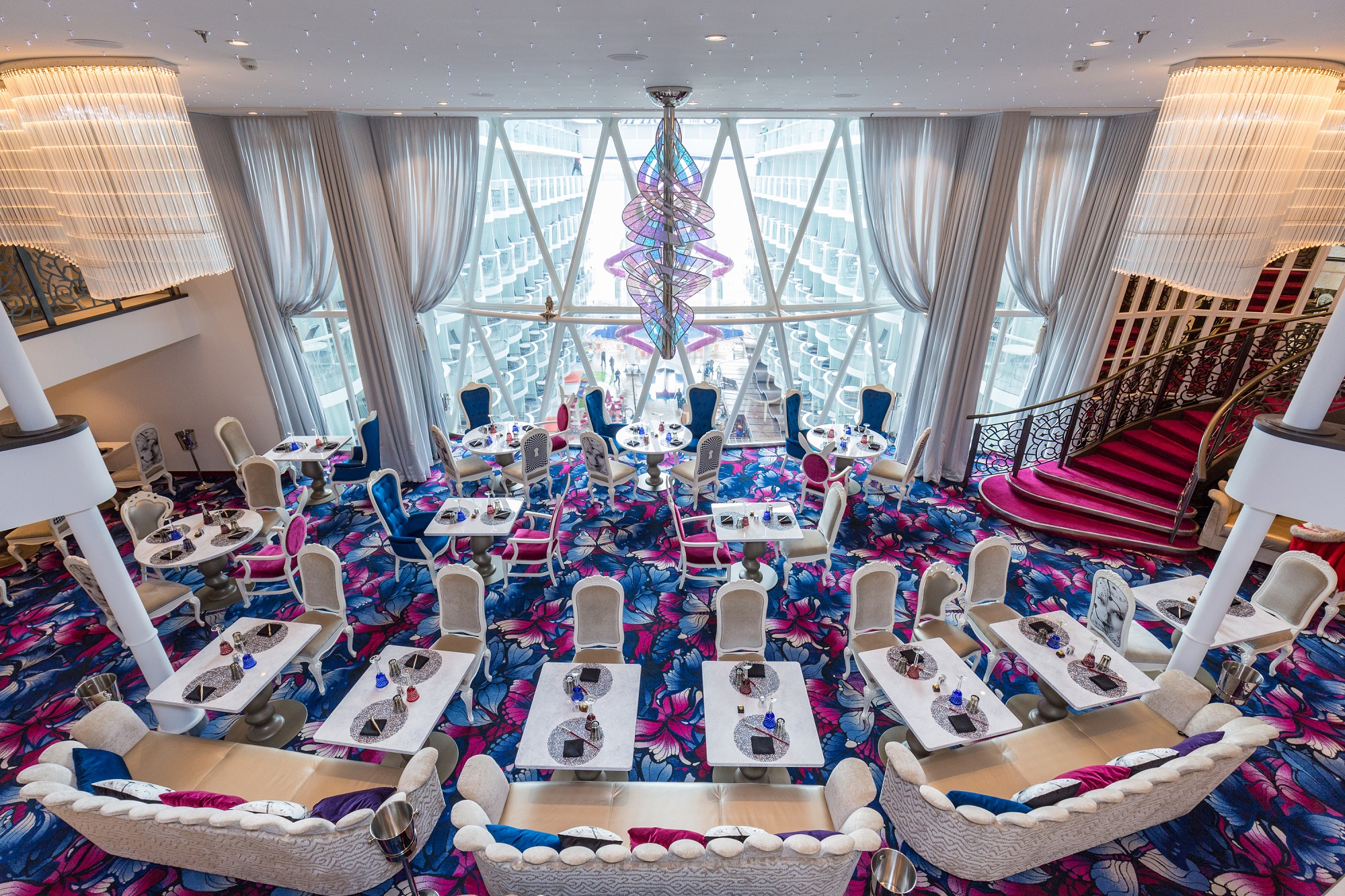 Inside Wonderland on Symphony of the Seas