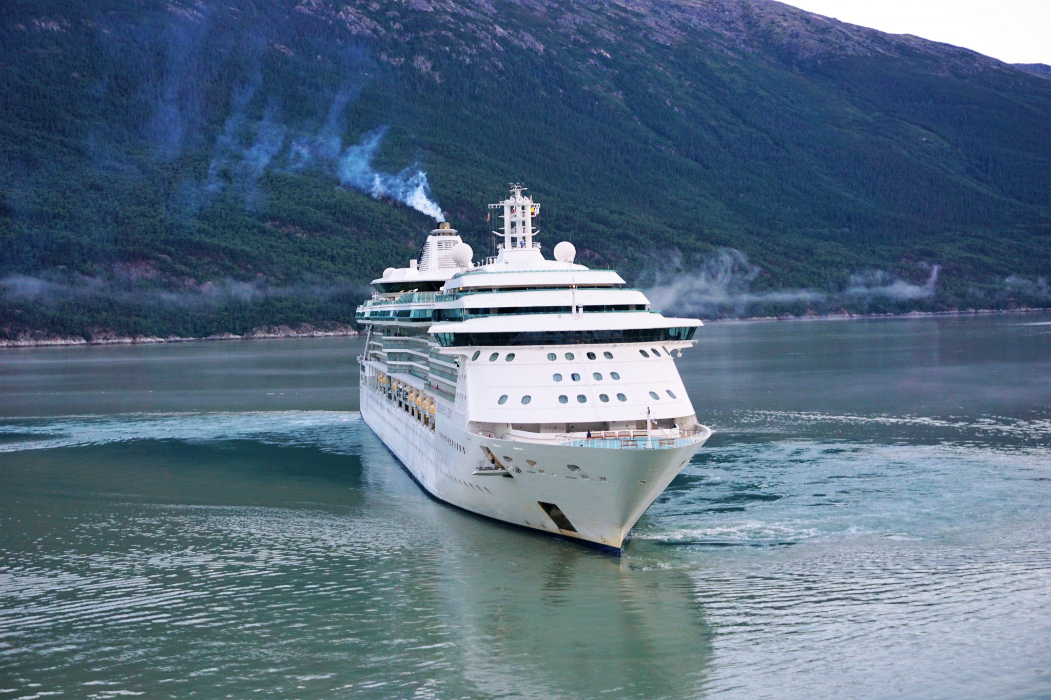 10 Items You Are Not Allowed to Bring on a Cruise