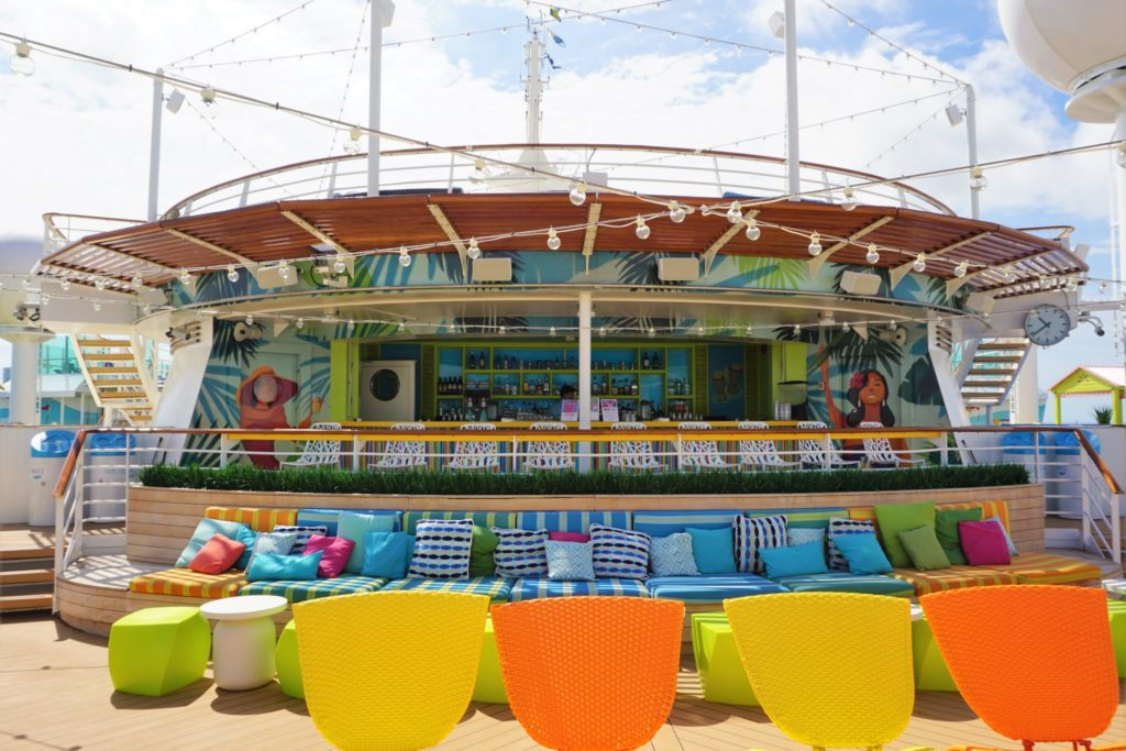 Navigator of the Seas Bars