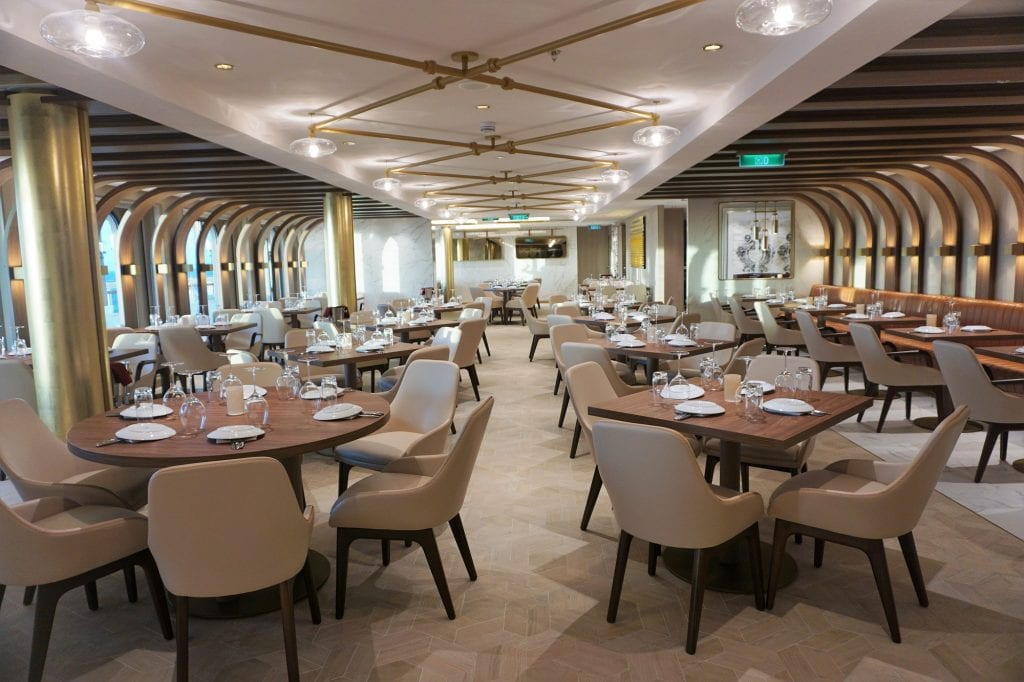 Inside Onda by Scarpetta on Norwegian Encore