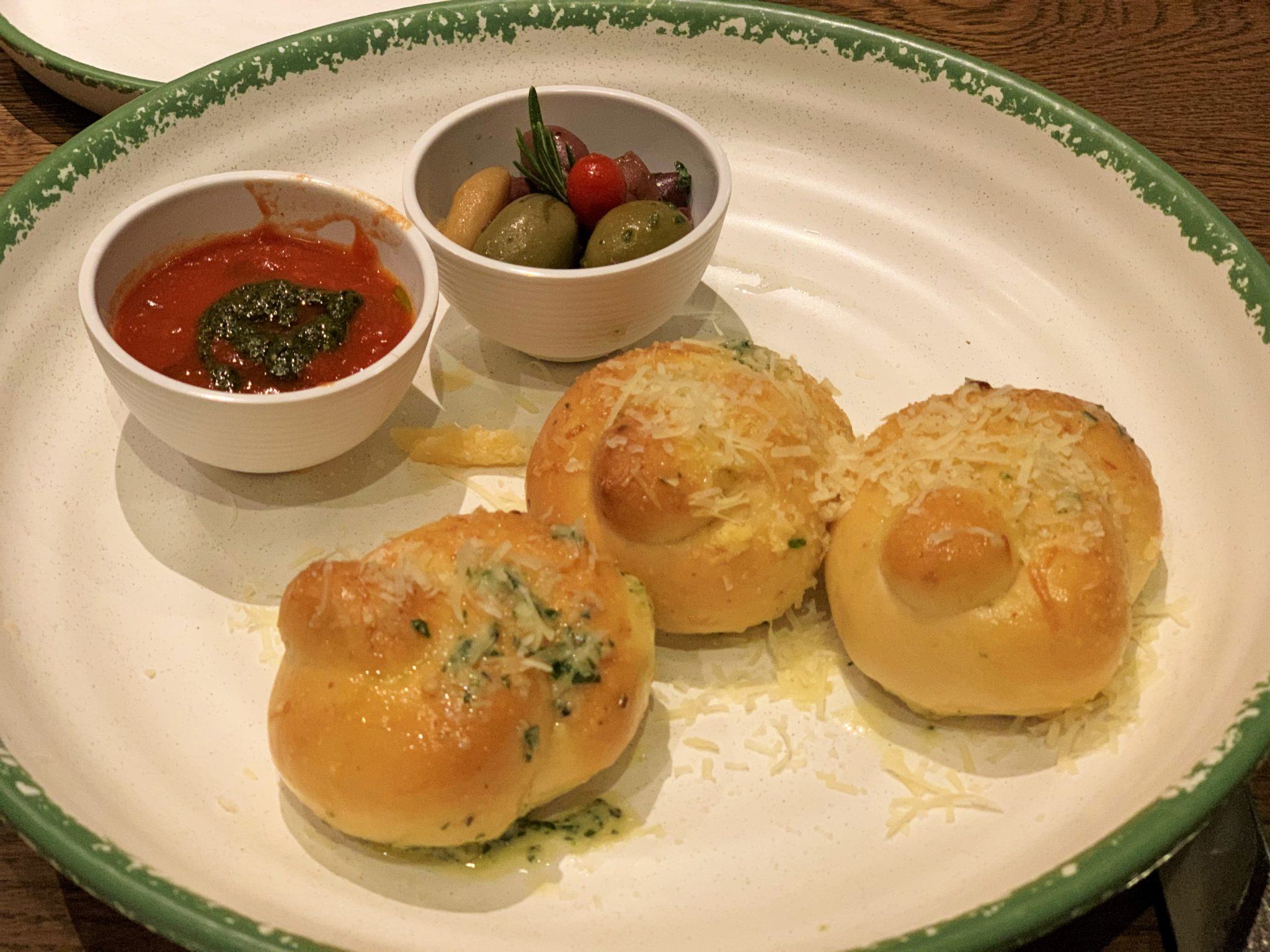 Garlic Knots at Giovanni's Italian Kitchen