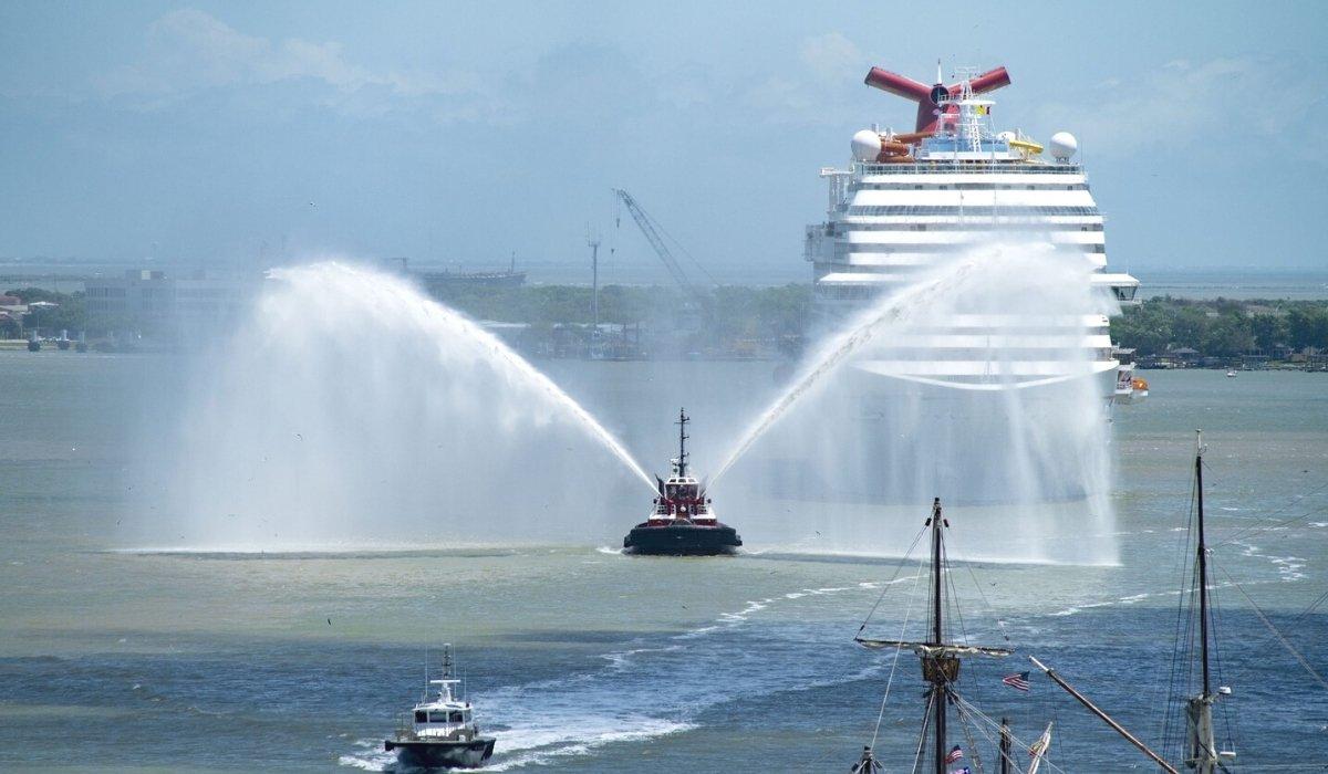 Two Carnival Ships Arrive in Galveston